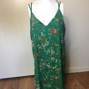 Dresses & Skirts - Green Floral Women's Dress Size Extra Large